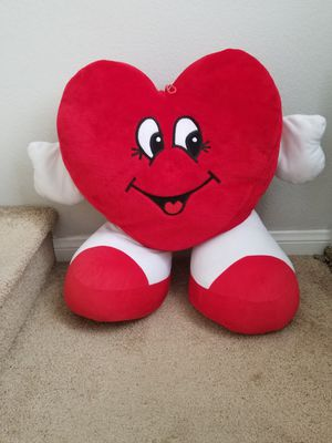 Big red heart teddy bear for Sale in Las Vegas, NV