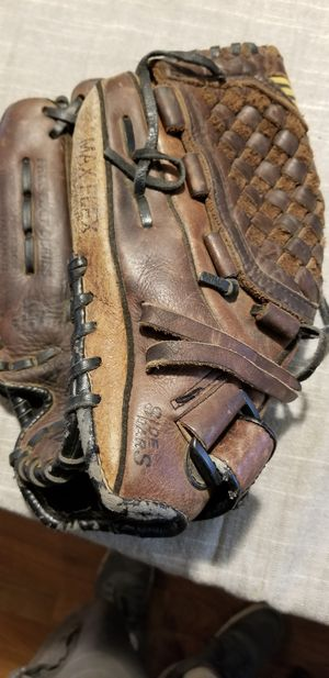 "11.5"" mizuno baseball glove Left Lefty broken in for Sale in Bellflower, CA"