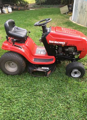 MTD Riding Lawn Mower for Sale in Hollywood, FL