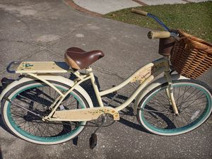 """Huffy Panama Jack Beach Cruiser bike, Like New, with 26"""" tires and basket - $120 FIRM for Sale in Wesley Chapel, FL"""