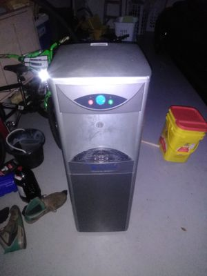 Fountain for Sale in Dade City, FL