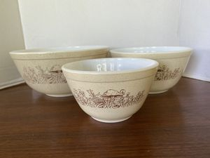 Pyrex forest fancies bowl set for Sale in Riverside, CA