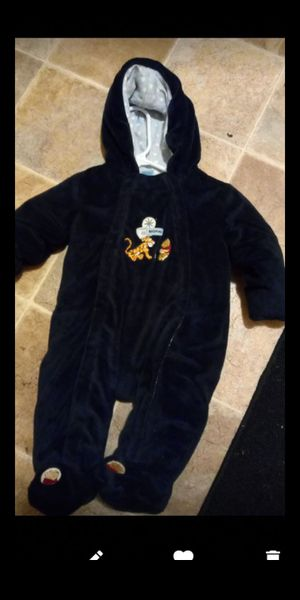 Size 6 to 9 months $15 for Sale in Fresno, CA