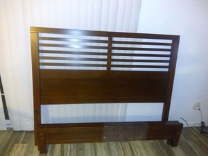 Bed frame Queen for Sale in Sacramento, CA