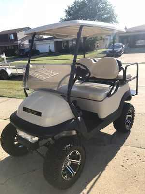 2011 gas club cart lifted with light kit for Sale in Gladwin, MI