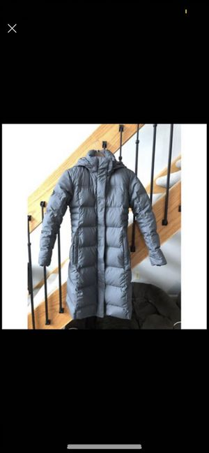 Patagonia Women's Down With It Parka XS for Sale in Franklin, WI
