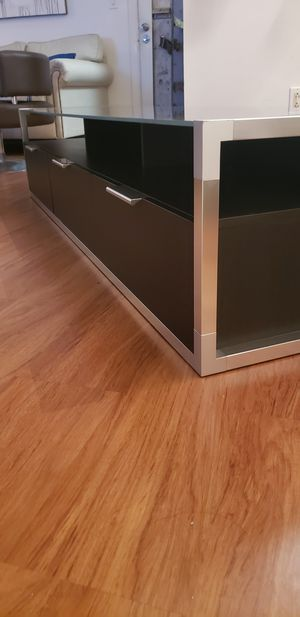 New new new!!!! Tv stand perfect conditions!!! for Sale in North Miami Beach, FL