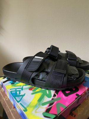 Prada leather sandals for Sale in Huntington Beach, CA