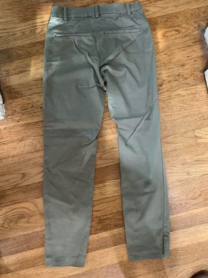 Women's Capri pants (size 6) for Sale in Downey, CA