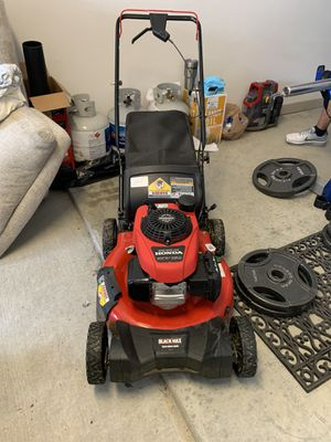 Honda gas lawnmower for Sale in Thompson's Station, TN