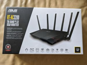 ASUS RT AC 3200 TRI BAND ROUTER dual 5ghz + 2.4 ghz NEW for Sale in Sierra Madre, CA