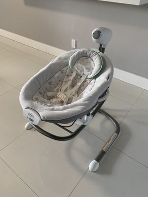 Electric baby swing for Sale in Hallandale Beach, FL