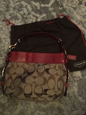 Authentic Coach signature hobo bag for Sale in Orlando, FL