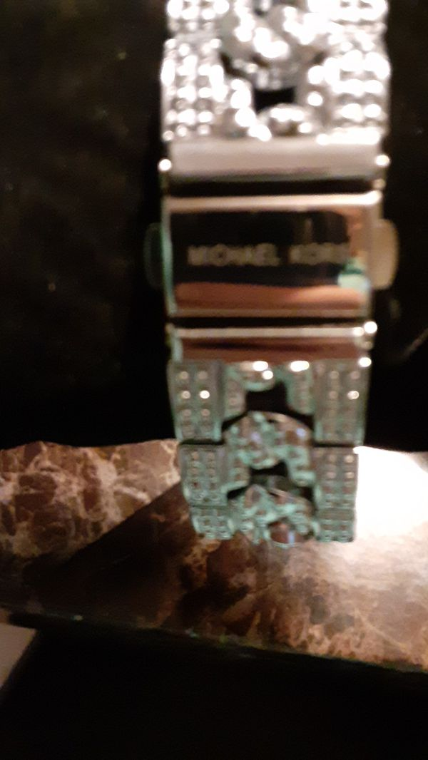 BNEW MICHAEL KORS WATCH SILVER BLING