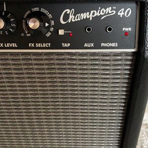 Fender Champion 40 Guitar Amplifier MINT for Sale in Cumming, GA