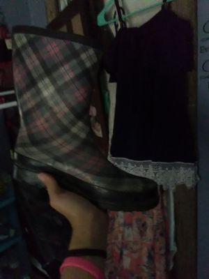 Women's rain boots for Sale in Cleveland, TN