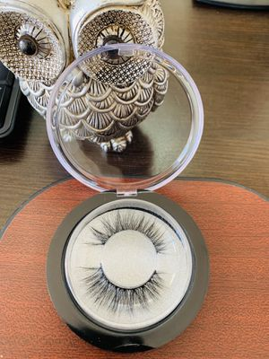 Beautiful 3D Eyelashes - Falsies Messy Cross Long for Sale in South El Monte, CA