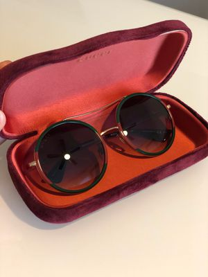 Gucci Round frame sunglasses for Sale in Houston, TX