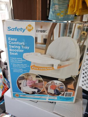Safety swing booster seat for Sale in Waterloo, IL
