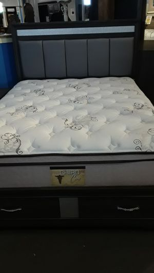 5 PC Bedroom set with mattres for Sale in Gilroy, CA