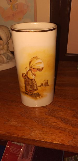 Precious moments vase for Sale in Peoria, AZ