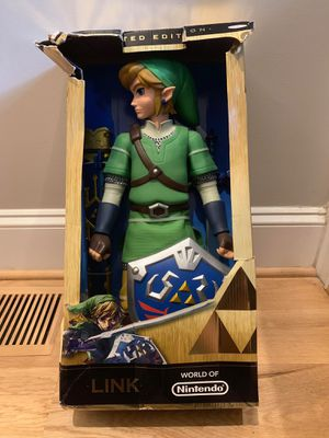 Legend of Zelda Limited Edition Skyward Sword Link action figure, 20-inch tall for Sale in Apex, NC