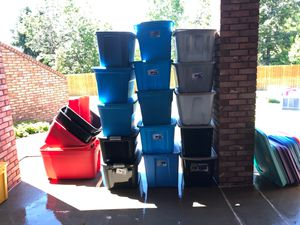 Storage containers with lids for Sale in Longmont, CO