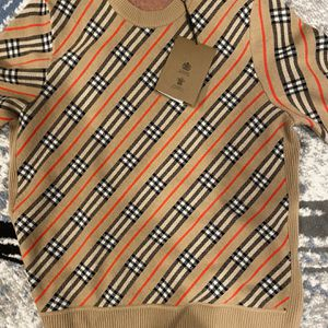 Women's Large Burberry Sweater for Sale in Chicago, IL