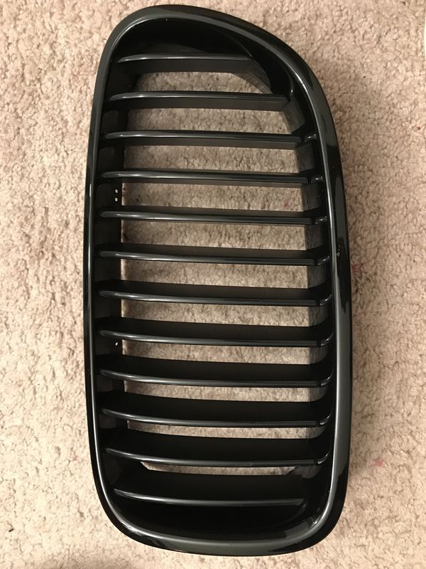 Bmw 535i Gloss black grills