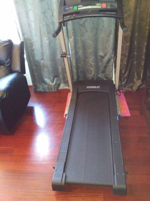 Treadmill for Sale in Taintor, IA