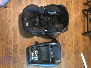 Car seat Maxi-Cosi for Sale in Auburn, WA