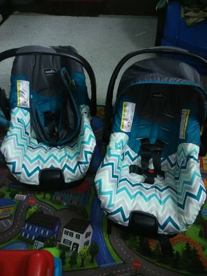 Two brand new even Flo car seats for Sale in Wyandotte, MI
