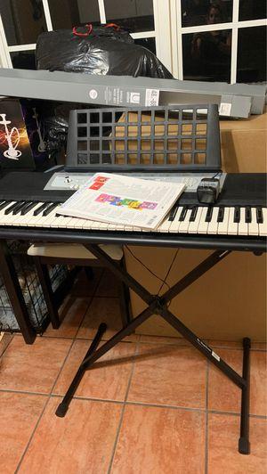 Beginners piano for Sale in Pembroke Pines, FL