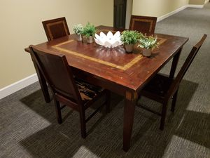 TABLE UP TO 8 PEOPLE for Sale in Orlando, FL
