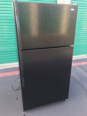 Kenmore Refrigerator $250 free delivery for Sale in Upland, CA
