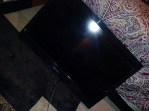 Used 32 inch tv 75 obo for Sale in Alexandria, VA