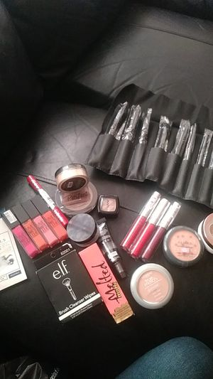 Makeup bundle for Sale in Chicago, IL