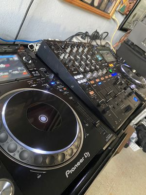 World Leader- Pro. DJ Equipment Pioneer NXS2 for Sale in Lake View Terrace, CA