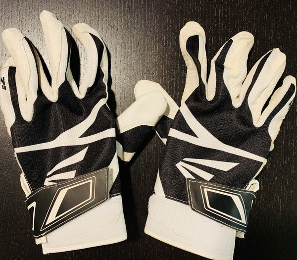 Easton softball batting gloves-gently used