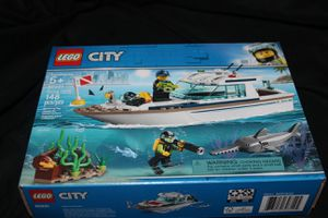 LEGO City Diving Yacht (60221) 148 Pieces Ages 5 and up for Sale in DuPont, WA