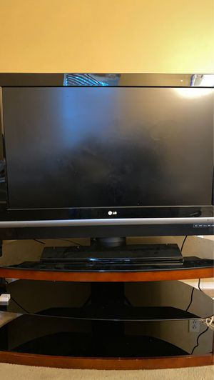 LG flatscreen tv 42 inch for Sale in Knightdale, NC