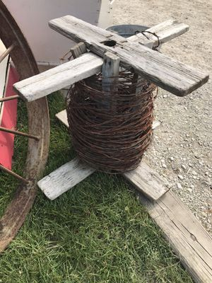 Primitive spool barbed wire for Sale in Eagle River, WI