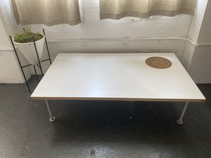 Modern Coffee Table for Sale in Oakland, CA