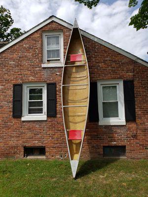 Mohawk 17ft Canoe for Sale in Springfield, MA
