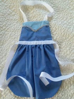 Elsa Princess Dress Up Apron for Sale in Affton, MO