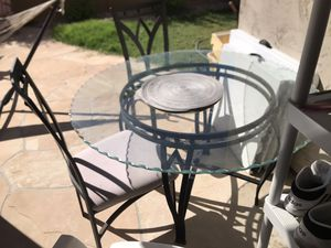 Dining / breakfast Glass table for sale!! for Sale in Phoenix, AZ