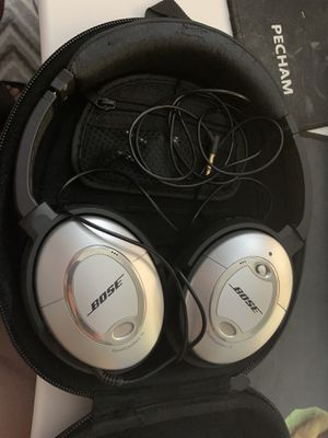 BOSE QC15 NOISE CANCELING HEADPHONES for Sale in Annandale, VA