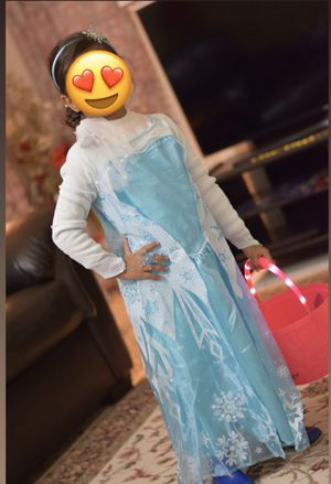 Frozen Elsa Halloween costume with hairband and ring for Sale in Irving, TX