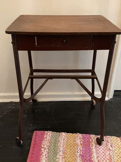 Vintage Small Desk On Wheels for Sale in White Plains,  NY