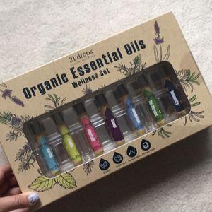 21 drops organic essential oil set for Sale in McLean, VA